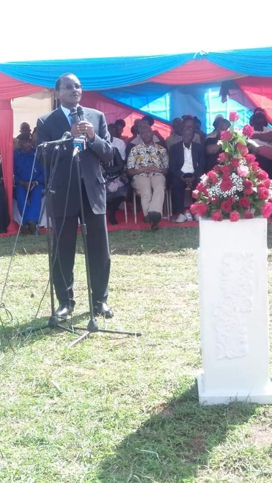 Wiper Leader Kalonzo Musyoke speaking during the burial on Saturday, October 19.