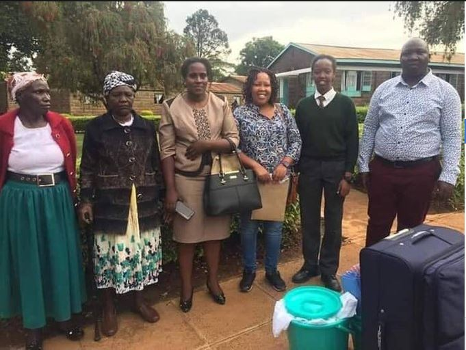 Abby Ruto (second right) and her mother Prisca Bett (third right) as she joined Alliance High School, Kiambu on Monday, January 13, 2020