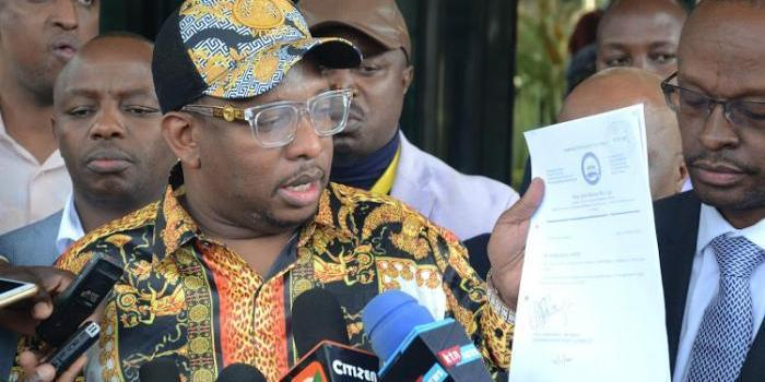 Nairobi Governor Mike Sonko addressing journalists outside EACC headquarters in Nairobi on Tuesday, September 3, 2019