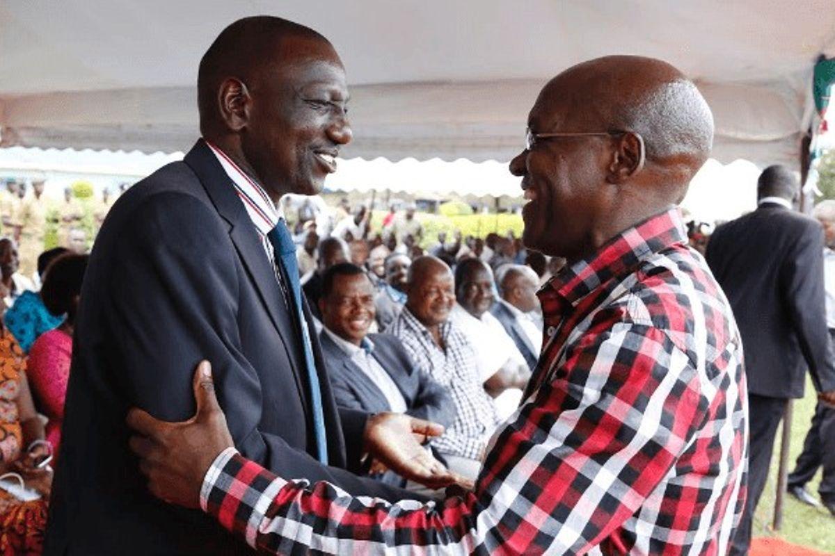 DP William Ruto (left) and former Kakamega Senator Boni Khalwale.
