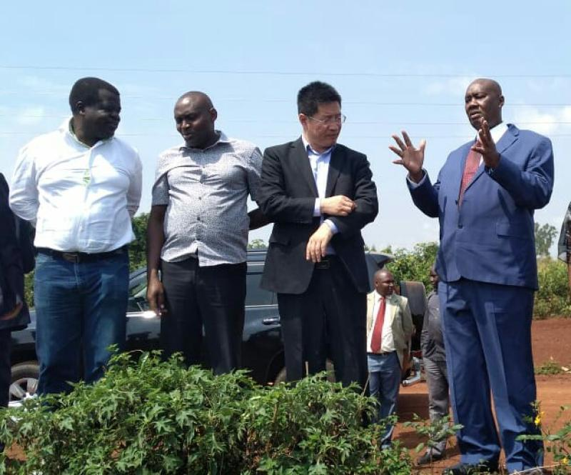 Busia governor Sospeter Ojaamong (right), human activist Okiya Omtatah (far left) and regional chairman of Chinese Investors William Zhou (second from right) when they visited Nasewa Nucleaus Estate on 23rd July 2019.