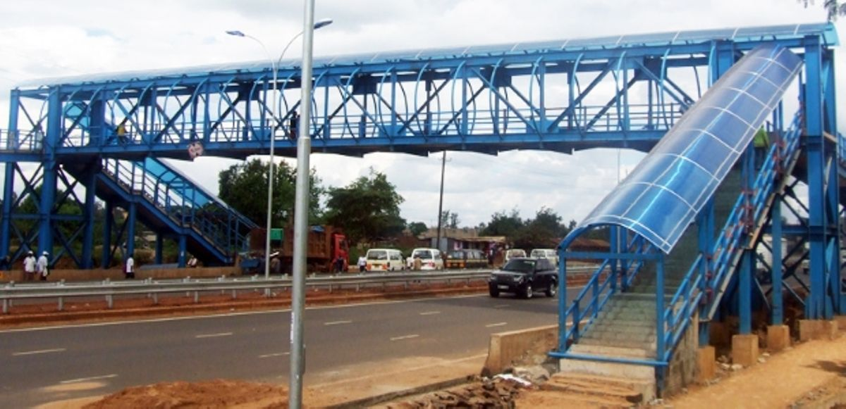 A footbridge along Thika Road. KeNHA announced that a section of the highway will be closed for three days for a footbridge to be erected at Njomoko section.