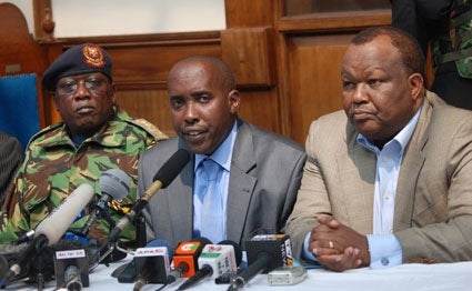 Former IG of police David Kimaiyo (Left), former Interior CSJoseph ole Lenku (Centre) and former Chief of general staff Julius Karangi