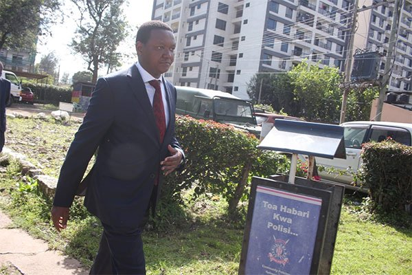 Machakos Governor Alfred Mutua arrives at Kilimani Police Station on Monday, December 16, 2019.
