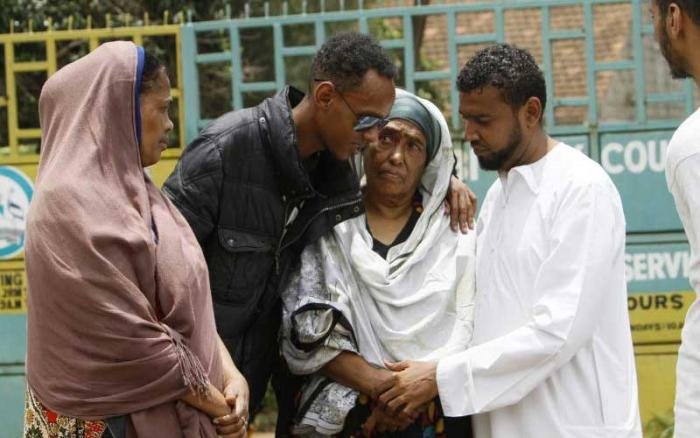 Relatives of the late Fathiya Nassir comforting her mother Mariam Ahmed (second right) at City Mortuary on Tuesday, March 3, 2020.