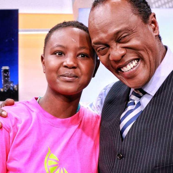 Jeff Koinange with Bianca Wambui. Bianca, 13, broke down and wept while narrating how she was stigmatised over breast cancer. Kenyans raised Ksh 2, 442, 500 within one hour to help her.