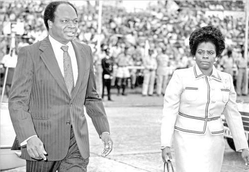 Mwai Kibaki -Minister of Finance- with his Wife Lucy arrive at Uhuru Park in 1978.