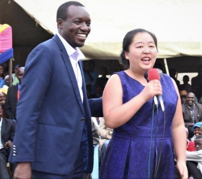 Simba Arati parades his wife in 2018 after he was blasted by his tribesmen for being appointed a Gusii spokesperson.