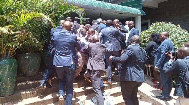 Nairobi MCAs clash over Speaker Beatrice Elachi's impeachment motion on Tuesday, October 29. Photo: Capital FM.