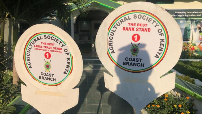 The Overall Winner in the Best Bank category and also the Large Trade Stand 1 award bagged by the Co-operative Bank of Kenya at the 2019 ASK Mombasa International Trade Fair
