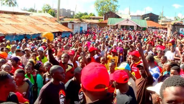 On Friday, November 1, Boni Khalwale's speech was cut by the youth when he was addressing Kibra residents while campaigning for Mariga McDonald.