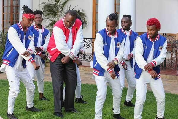 President Uhuru Kenyatta joins FBI Dance Crew in a dance at State House, Nairobi on February 8, 2017