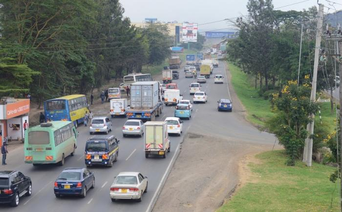 Traffic Along Mombasa Road. Parking fees in Nairobi CBD have been pegged at Ksh 200 after a court ordered City Hall to revise them downwards.