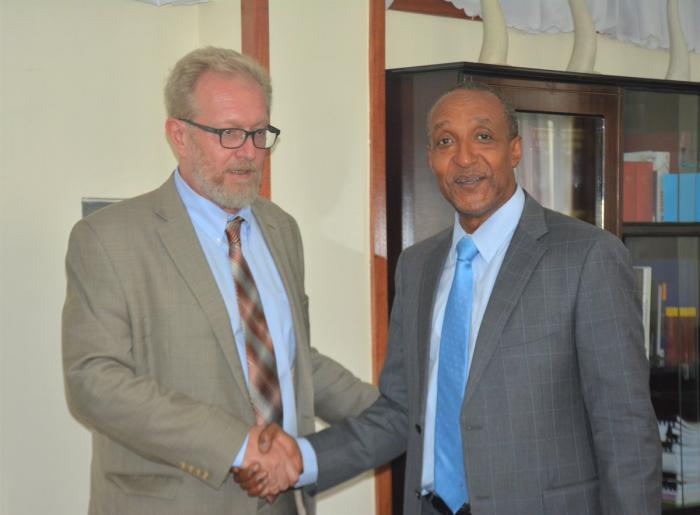 Dmitry Maksimychev, Ambassador of the Russian Federation to Kenya (Left) and Ambassador Macharia Kamau on January 21