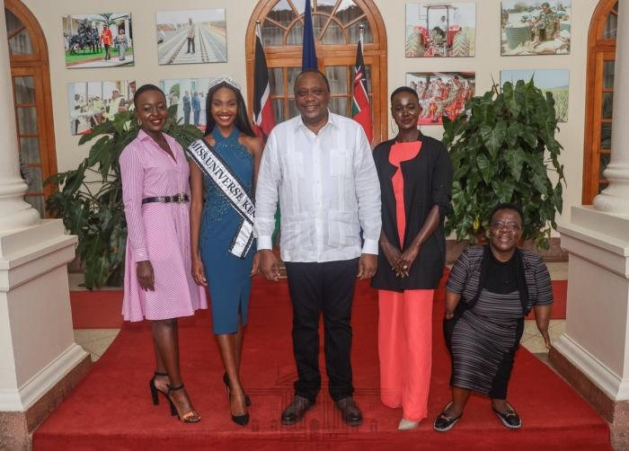 President Uhuru Kenyatta and Miss Universe Kenya 2019 Stacy Michuki at State House on Tuesday, November 25.