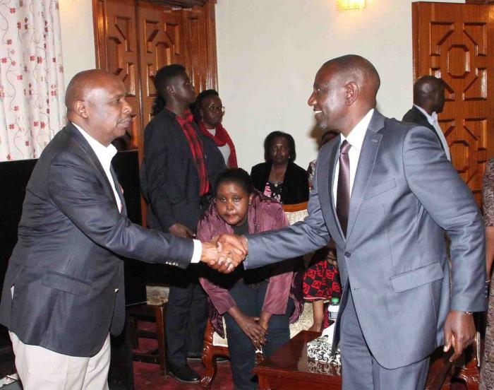 Deputy President William Ruto greets Baringo Senator Gideon Moi at Kabarnet Gardens, Nairobi on Tuesday, February 4