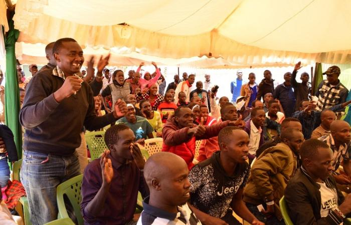 Fans gathered in Eldoret town to watch Eliud Kipchoge in the INEOS 159 challenge. Photo: Daily Nation
