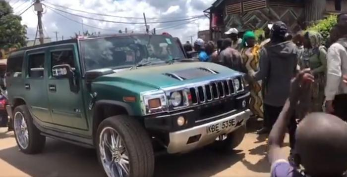 A screenshot of McDonald Mariga's Hummer shortly after arriving at a Kibra polling station on Thursday, November 7, 2019.