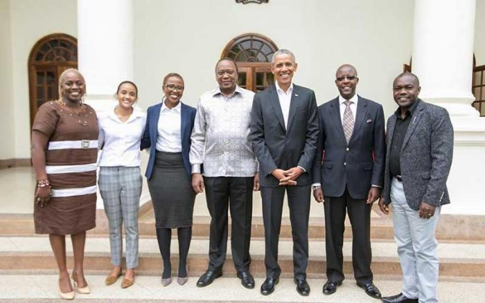 Presidents Uhuru Kenyatta and Barack Obama with a team from The Kenyatta Trust