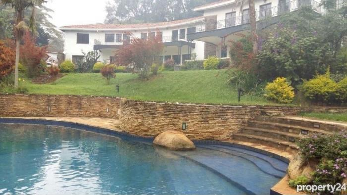A mansion, complete with a swimming pool in Nairobi's Muthaiga.