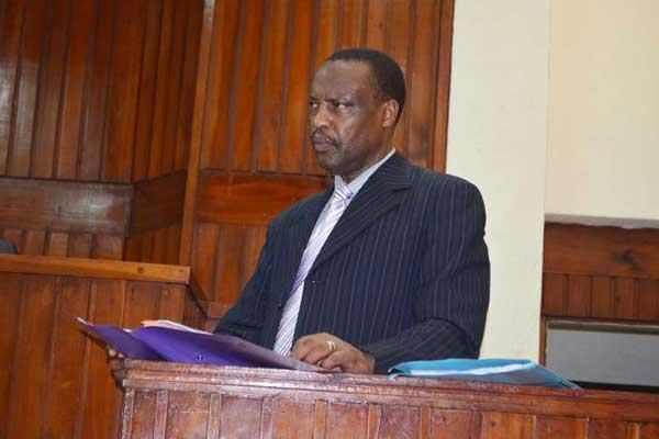 Former chief government pathologist Moses Njue testifies in a Mombasa court on November 29, 2016 in an inquest into the death of British tycoon Harry Roy Veevers, who died mysteriously in 2013
