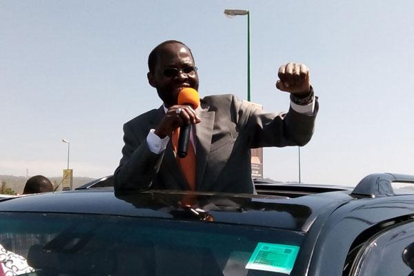 According to Miguna Miguna, Nyong'os driver was not allowed a break which is against the law. Inset Governor Nyong'o.