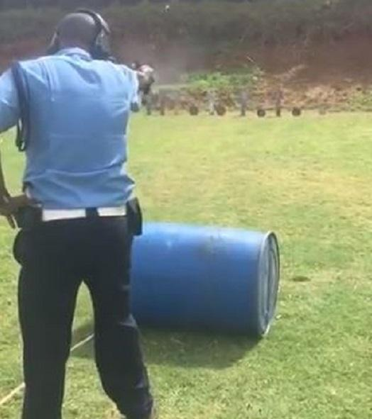 Police Officer Wows With Flawless Shooting Skills [VIDEO