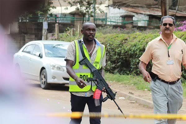 Bomb experts at Doctors Park on 3rd Parklands Avenue following a bomb scare on January 30, 2020.
