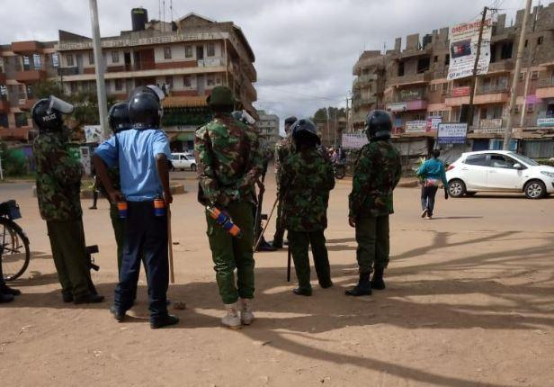 Police on standby earlier on Monday, November 11, before they engaged the JKUAT students in running battles.