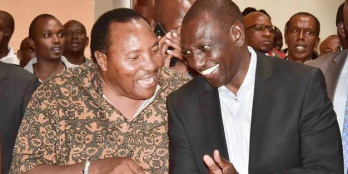 Kiambu governor Ferdinand Waititu having a chat with DP William Ruto. The Governor switched camp on Sunday, November 17.