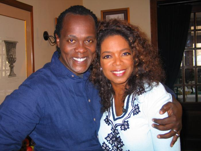 Jeff Koinange meets Oprah Winfrey in South Africa in January 2006