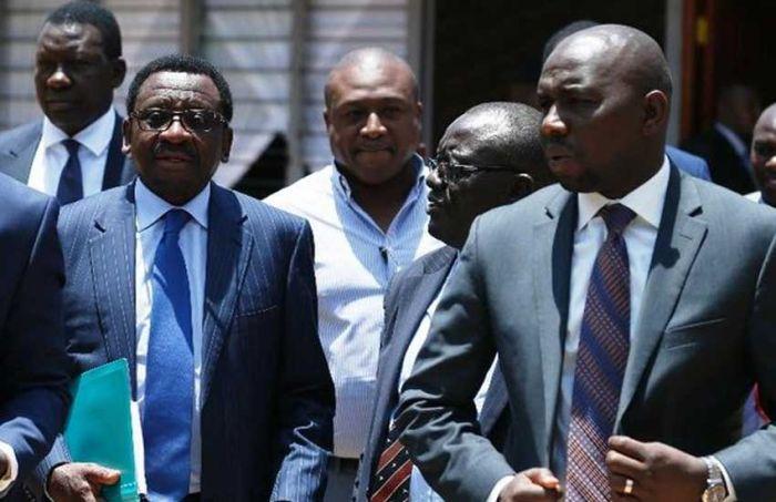 Siaya Senator James Orengo (left) with Senate Majority Leader Kipchumba Murkomen (right). The two leaders led two camps in the Ferdinand Waititu impeachment motion in Senate in January 2020