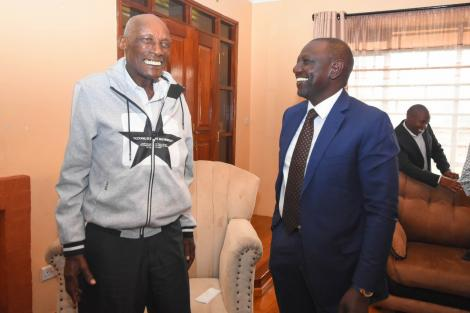 Deputy President William Ruto (right) meets Mzee Kibor (left) at his Elgon View Residence.