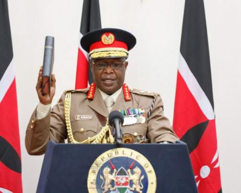 General Robert Kariuki Kibochi swearing in as the new Chief of the Kenya Defence Forces (CDF) at State House on Monday, May 11.