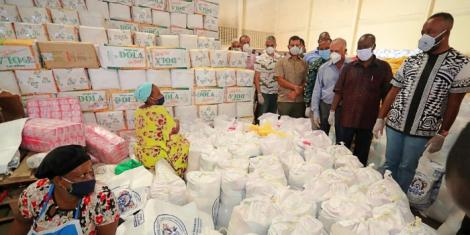 Mombasa Governor Hassan Joho during the launch of a food drive in Mombasa County in April 2020