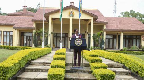 State House Spokesperson Kanze Dena addresses the media from Kakamega State Lodge on October 14, 2018.