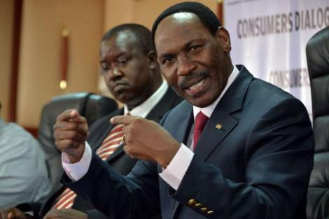 Kenya Film Classification Board (KFCB) chief executive officer Ezekiel Mutua (right) addressing a press conference at KFCB offices in April 2016