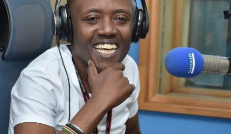 File image of radio presenter Maina Kageni hosting his show on Classic 105
