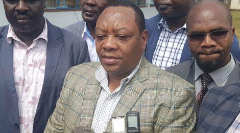 Ministry of Water and Sanitation Principal Secretary Joseph Irungu (Centre).