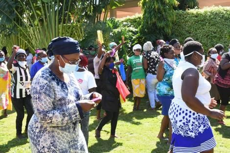 Murang'a Women Rep Sabina Chege distributing food to commercial sex workers on Monday, May 25