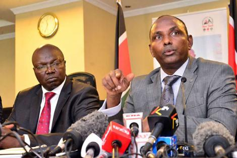 National Treasury Cabinet Secretary Ukur Yatani (Right) and Labour Cabinet Secretary Simon Chelugui (Left), at NSSF building in Nairobi on January 16, 2020.
