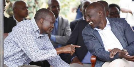 Migori Governor Okoth Obado with Deputy President William Ruto during a tour of the county on November 10, 2018
