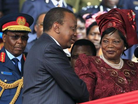 President Uhuru Kenyatta (Centre) and his mother, Mama Ngina.