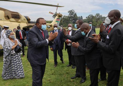 President Uhuru Kenyatta and First Lady Margaret Kenyatta arrive in Kisii on Mashujaa Day October 20, 2020.
