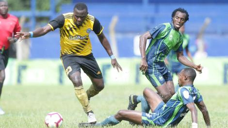 File image of Ronald Okoth (l) in action for Sofapaka against KCB
