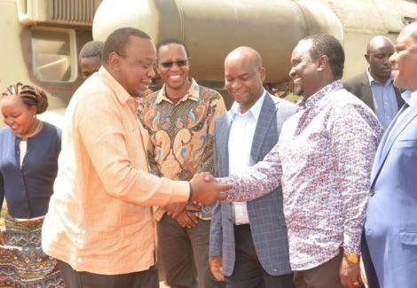 Senator Charles Kibiru welcoming President Uhuru Kenyatta in Mwea, Kirinyaga County on February 2, 2020.