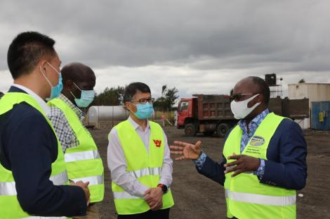 Transport Cabinet Secretary James Macharia with Kenol-Marua dual carriageway contractors, July 2020.