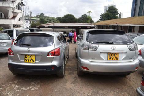 Two vehicles with similar number plates at Nairobi County Police headquarters on November 19, 2018.