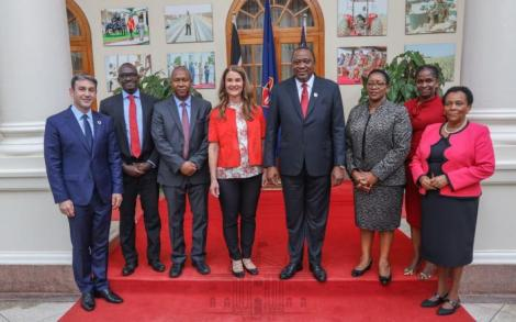 President Uhuru Kenyatta pictured with philanthropist Melinda Gates alongside various officials at State House, Nairobi after a meeting on November 12, 2019