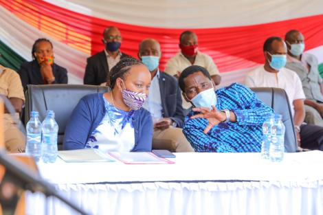Governor Waiguru meeting with Agriculture CS Peter Munya in Kirinyaga on June 5, 2020